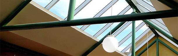 Erstaunlich Jalousie am Dachfenster - Wohnen im Dachgeschoß UQ12